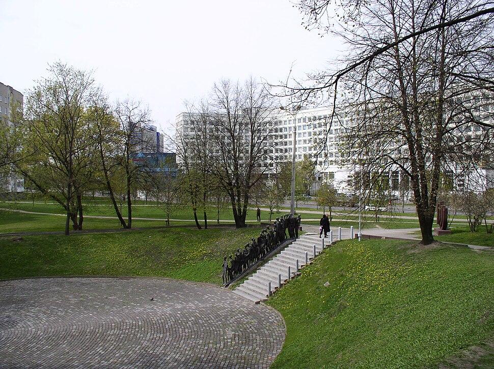 Belarus-Minsk-Memorial Pit-2
