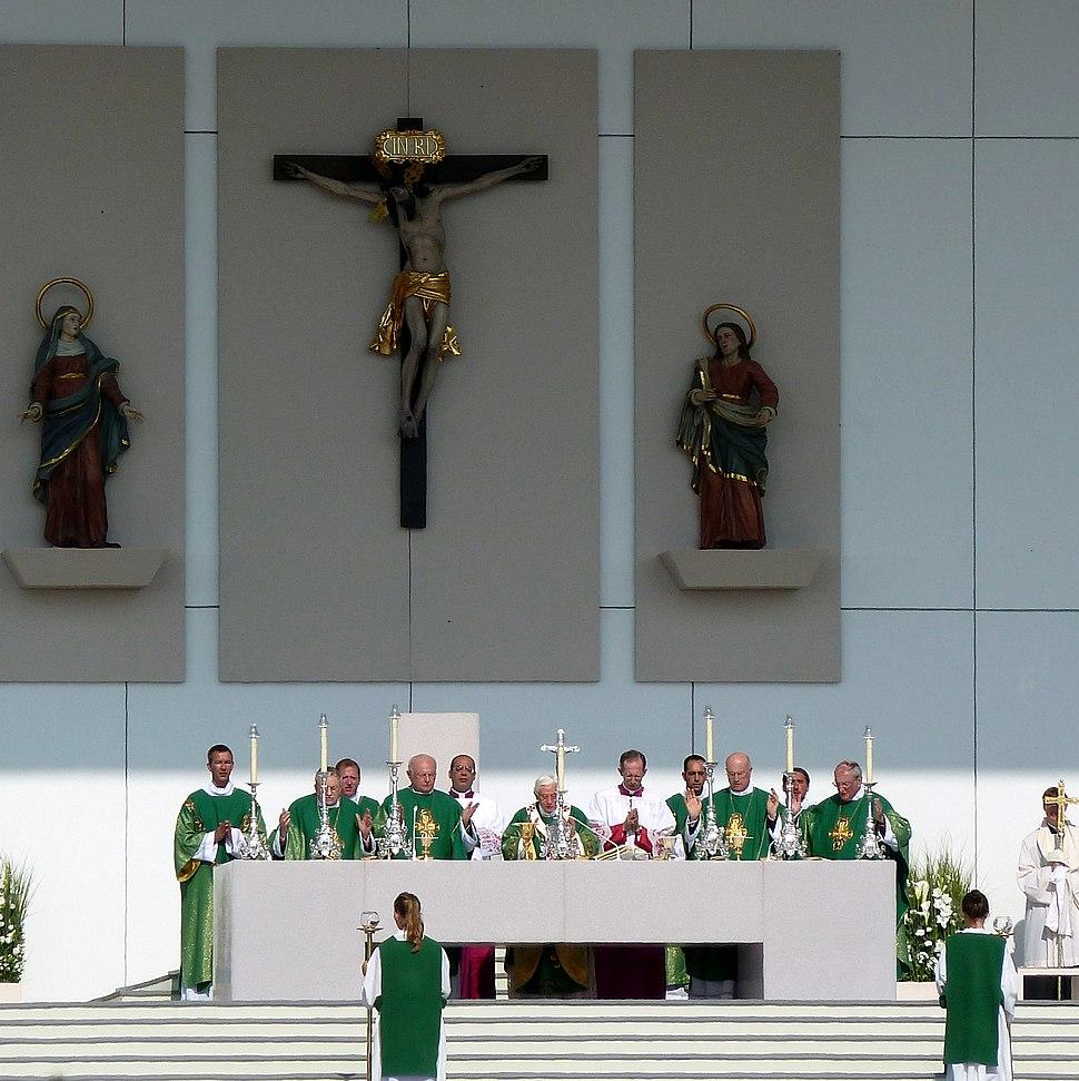 Benedikt.Messe.Freiburg.PaterNoster