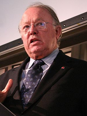 Quebec general election, 2003 - Image: Bernard Landry 2