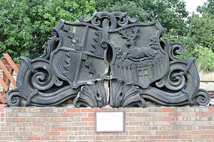 Birmingham and Derby Junction Railway - Image: Birmingham and Derby Junction Railway crest