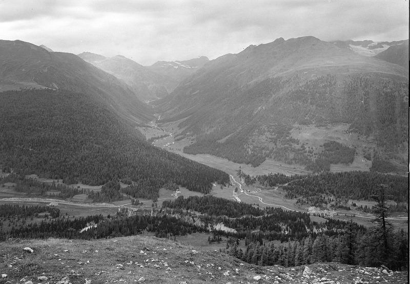 File:Blick ins Oberengadin - CH-BAR - 3241567.tif