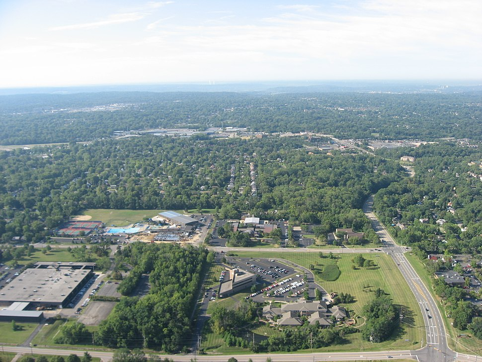 Offices and houses in southern Blue Ash