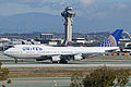 Boeing 747-422 'N107UA' United Airlines (14171626266).jpg