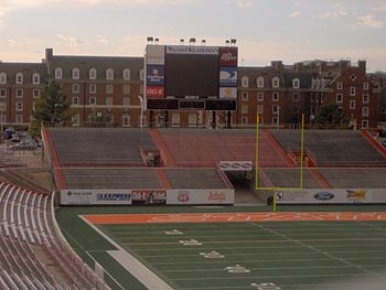 Description de l'image Boone Pickens Stadium 3.JPG.