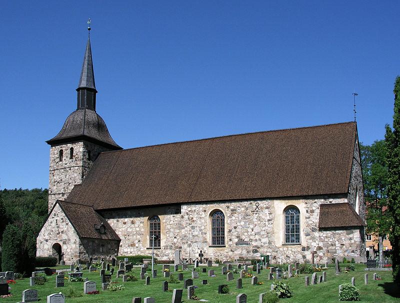 Botkyrka kyrka View01.jpg