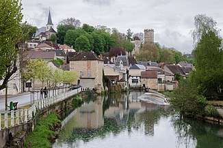 Der Fluss in Montbard