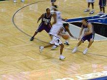 Bucks-Timberwolves-2005-10-12.jpg