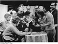 Bundesarchiv Bild 183-83480-0001, IG Wismut Aue, Probe der Laienspielgruppe.jpg