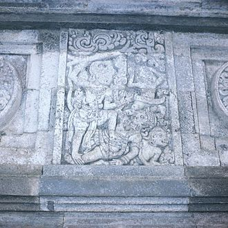 Indonesian martial arts - Battle scene on bas-relief of Penataran, Majapahit era