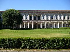 Ca' Granda, Milan, Cortile crociera 3