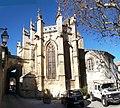 Caderousse eglise St-Michel arriere.jpg