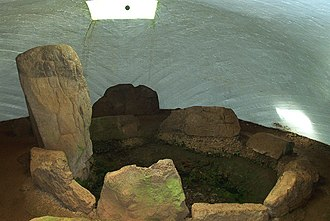 Cairnpapple Hill - Interior of modern cairn