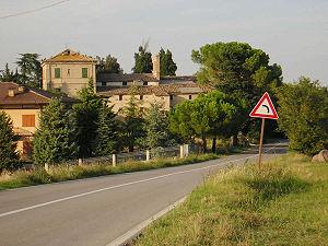 La campagna nei pressi di Francavilla d'Ete, sulla strada provinciale che conduce a Montegiorgio.