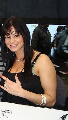 Candice Michelle and fan cropped.jpg