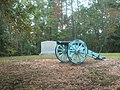 Cannon and memorial stone, Horseshoe Bend NMP.jpg