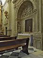 Capilla Dorada, hornacina. Catedral de Baeza.jpg