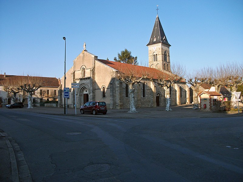 Intersection between departmental roads 35 and 36, and church in Étroussat, Allier [10508]