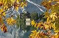 Castel Toblino autunnale.jpg