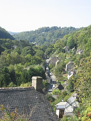 """<span style=""""font-size:80%;"""">Frome valley showing Chalford High Street</span>"""