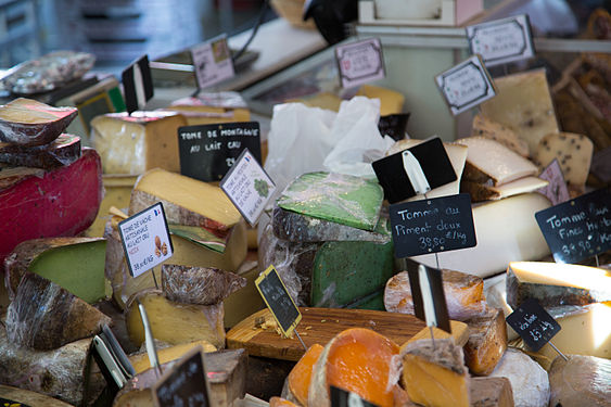 Cheeses for sale in Aix-en-Provence.jpg