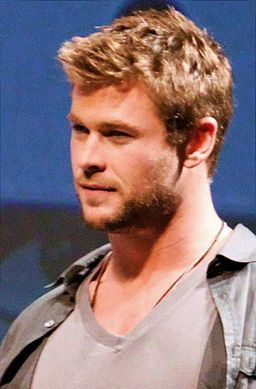 Chris Hemsworth cropped