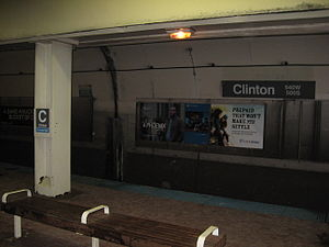 Clinton station (CTA Blue Line) - Image: Clinton CTA Blue Line Station