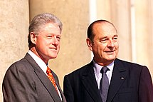 Jacques Chirac with Bill Clinton outside Élysée Palace.