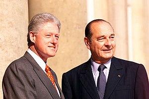 Foreign policy of the Bill Clinton administration - Clinton with Jacques Chirac outside Élysée Palace.
