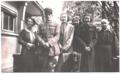 Commandant Brébant avec sa famille en 1937.png