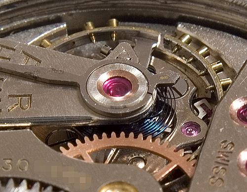 Регулировка хода механических часов