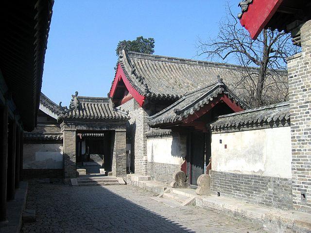 Дома потомков Конфуция в его родном городе, Цюйфу.