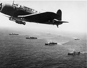 Convoy - A convoy of merchant ships protected by airplanes en route to Cape Town during World War II