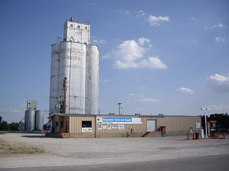 Lehigh, Kansas - Image: Cooperative Grain and Supply in Lehigh, Kansas