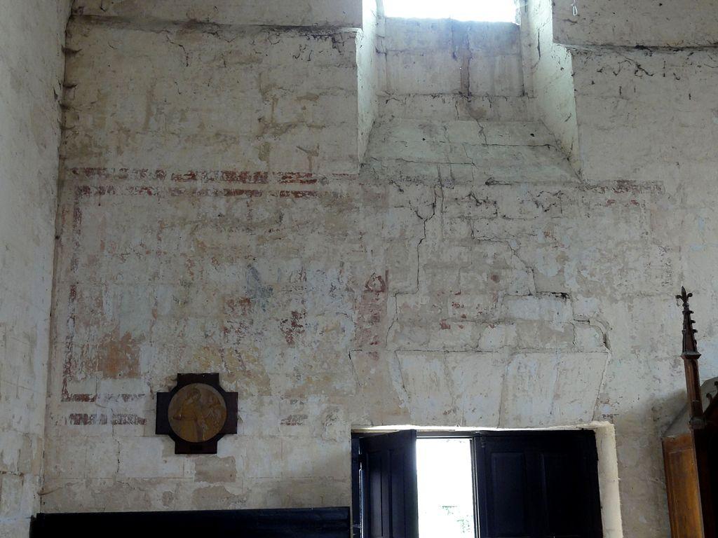 File cramoisy 60 glise saint martin nef restes de for Les differents types de peintures murales