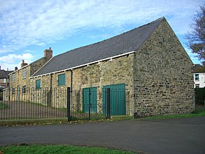 Listed buildings in Sheffield S5 - Image: Cruck Barn, Concord Park 2