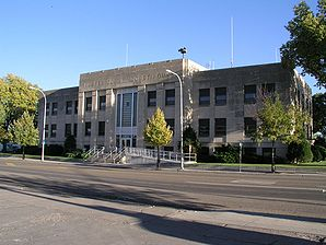Custer County Courthouse - Miles City MT.jpg
