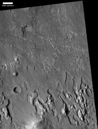 Dejnev - Dejnev's floor with large pits (500 m scale bar; HiRISE)