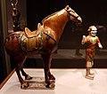 Dinastia tang, cavallo e palafreniere, 700-750 ca. 03.jpg