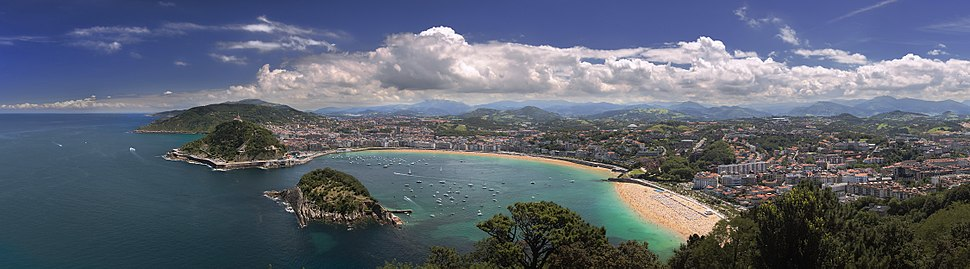 A panoramic view of San Sebastián