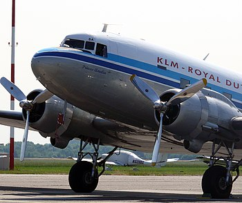 Douglas C-47 Dakota PH-PBA 8.JPG