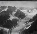 ETH-BIB-Aiguille du Géant, Mer de Glace, Grandes Jorasses, Glacier de Leschaux v. N. aus 4300 m-Inlandflüge-LBS MH01-005168.tif