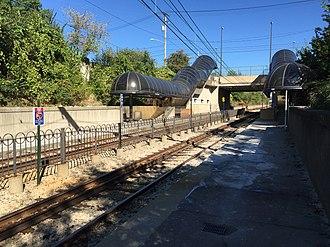 East 116th (RTA Rapid Transit station) - Image: East 116th Rapid Station September 2015