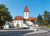 Eberndorf Kirchplatz 1 Augustinerchorherrenstift S-Ansicht 28082018 4319.jpg