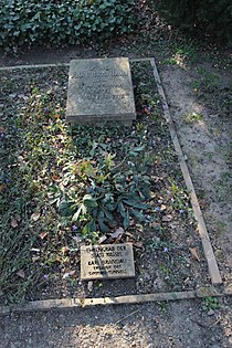 Ehrengrab Karl Brandau (Hauptfriedhof Kassel).jpg