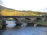 Eisenbahnbrücke über die Lenne bei Lenhausen.jpg