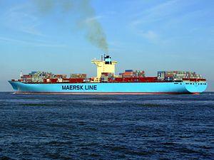 Eleonora Maersk pA 9321500, leaving Port of Rotterdam, Holland 25-Jan-2007.jpg