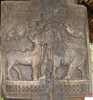 Gampola - Temple wood carvings
