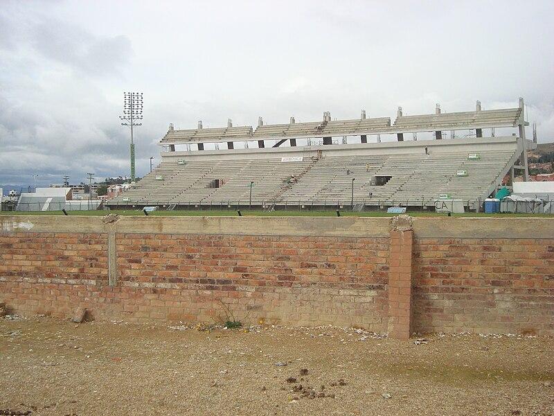 Estadio de La Independencia 800px-Estadio_de_la_Independencia_-_remodelaci%C3%B3n