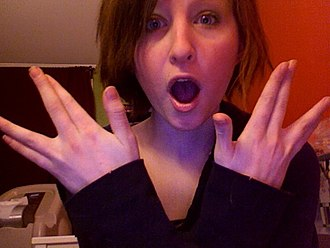 """Esther Earl - Esther Earl doing the """"Nerdfighter salute"""""""