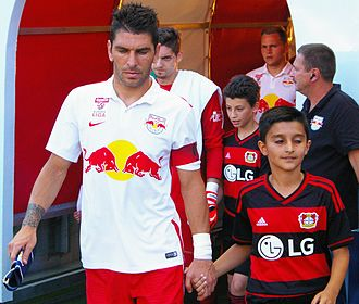 Jonathan Soriano - Soriano leading his team out for a friendly against Bayer Leverkusen in July 2015.